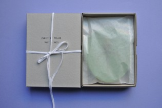 green petal bowl gift box